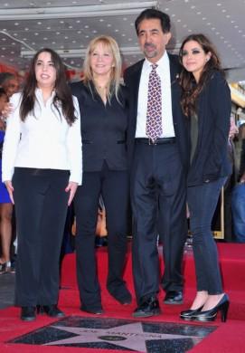 Mia+Mantegna+Joe+Mantegna+Honored+Hollywood+dEUf3ilBiCVl